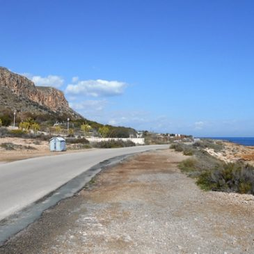 Santa Pola to Gran Alacant beach road by Paul Coombes